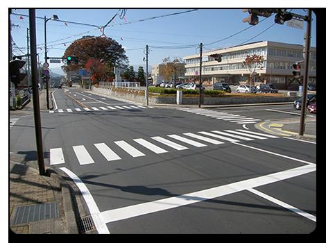 (国)256号 飯田市 市役所前